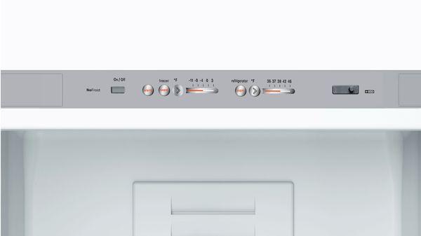 800 Series Free-standing fridge-freezer with freezer at bottom, glass door  Black B10CB80NVB