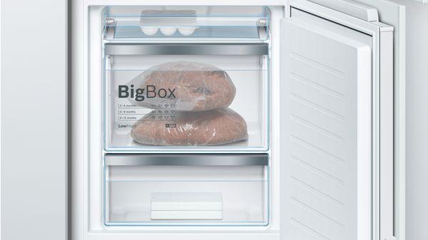 Serie | 8 Built-in fridge-freezer with freezer at bottom 177.2 x 55.8 cm KIF84PF30 KIF84PF30-5
