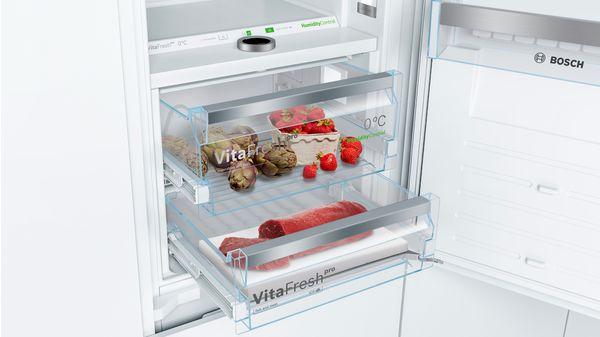 Serie | 8 Built-in fridge-freezer with freezer at bottom 177.2 x 55.8 cm KIF84PF30 KIF84PF30-2